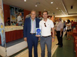 Eduardo Herrera junto al presidente de La Palma, Antonio Roldán.