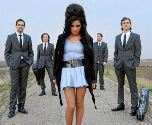 Dina & Holy Band.