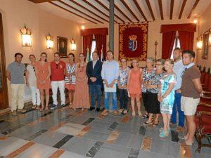 Foto de grupo tras las firma del acuerdo.