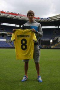 Alexander Szymanoski con la nueva camiseta del Brondby.