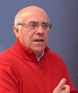 Antonio Quintero, entrenador de baloncesto.