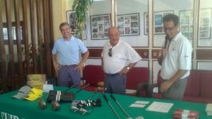Entrega de trofeos del Torneo Dental Company de golf.