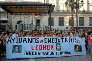 Concentración por la anciana desaparecida en Huelva. (JC. Barambio)