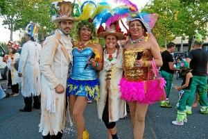Disfraces para todos los gustos desfilaron en el Carnaval de Verano de Isla Cristina.