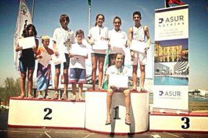 Ganadores del Acuatlon para menores.