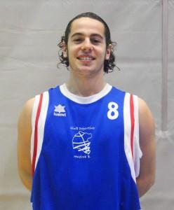 Pablo de Los Reyes, base del CD Huelva Baloncesto.