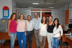 La responsable municipal y miembros de loa Servicios Sociales.