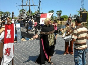 La animación fue constante durante la Jornada de Puertas Abiertas en el Muelle de las Carabelas.