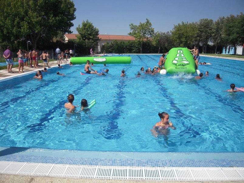 Almonte realiza la clausura de la campa a de nataci n for Piscine sevilla