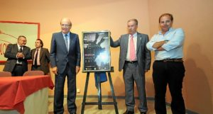 Presentación del cartel para la Procesión Magna. (Espínola)