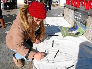 Firmas contra la violencia de género.