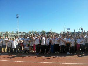 Participantes en la actividad en favor de Aspreato.