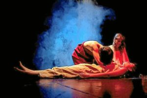 Escena de protagonizada por Tiflonuba Teatro.
