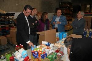 Visita de dirigentes del PP al Banco de Alimentos.