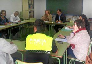 Reunión para tratar del absentismo en San Juan del Puerto.