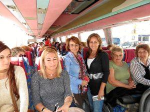 El grupo de mujeres antes de partir para Cepsa.