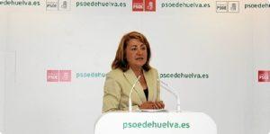 Antonia Moro, en rueda de prensa en la sede del PSOE.