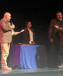 El concejal de Cultura da lectura al acta del Jurado del Concurso de Belenes.