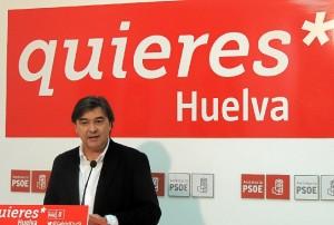 Gabriel Cruz, portavoz del PSOE en el Ayuntamiento de Huelva.