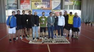 Torneo de veteranos de baloncesto en San Juan del Puerto.