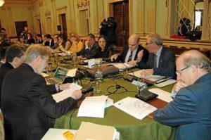 Imagen del pleno celebrado este lunes en el Ayuntamiento de Huelva.