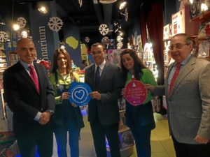 Caraballo, con responsables del comercio en Huelva.