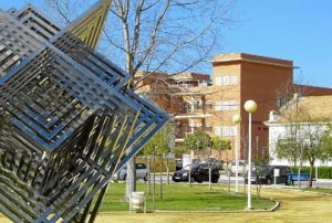 Vista de la zona de pabellones de la Universidad de Huelva.