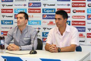 Paco Ojeda, a la derecha, director deportivo del Recreativo IES La Orden.