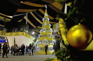 Alumbrado navideño en Holea.