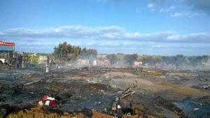 Campamento incendiado en Lepe-04