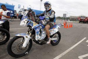 Luis Calderay, en la salida del Dakar 2014.