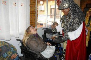 Visitas Reyes Magos asilos, hospitales (1)