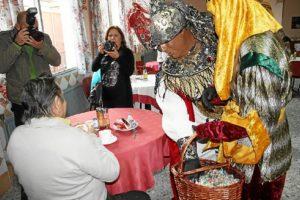 Visitas Reyes Magos asilos, hospitales (7)