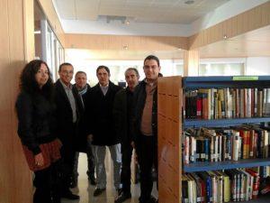 En la biblioteca de El Cerro.