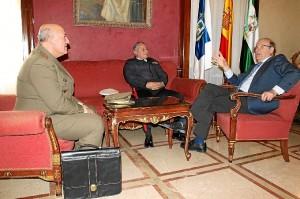 Encuentro alcalde subdelegado de Defensa