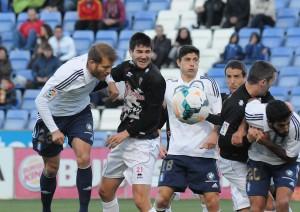 Jorge Morcillo, rematando a gol. (Espínola)