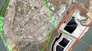 En rojo la zona que ocupan las balsas de fosfoyesos y en verde la extensión de toda la ciudad de Huelva.