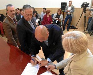 20140408 PROFEA subdelegado entrega resto alcaldes (2)
