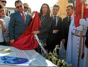 Azulejo homenaje Hermandad Borriquita