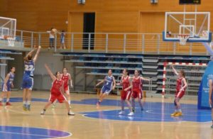 Final cadete de baloncesto femenino entre CB Conquero y CB La Palma 95.