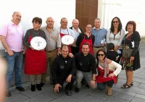 El Concejal de Cultura con los ganadores y el jurado del concurso