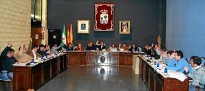 Los ediles votan en el Pleno de marzo