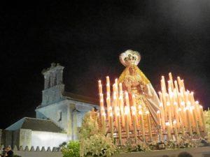Moguer La Virgen del Rosario junto a Santa Clara