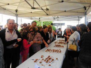 Numerosas personas pudieron degustar las cocas presentadas  al concurso