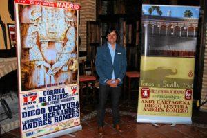 presentacion en escanena de Sevilla y Madrid