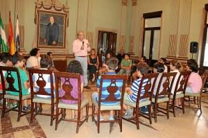 Encuentro alcalde concejales de barrio y pleno infantil