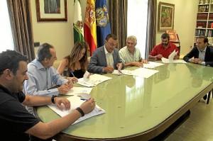 Firma convenio pfea ayuntamientos