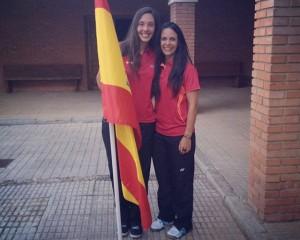 Laura Molina y  Haideé Ojeda en el Mundial Universitario de bádminton.