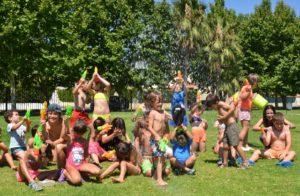 Niños en el campamento urbano de Ayamonte.