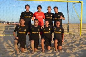 Equipo de fútbol playa del Salón del Deporte.
